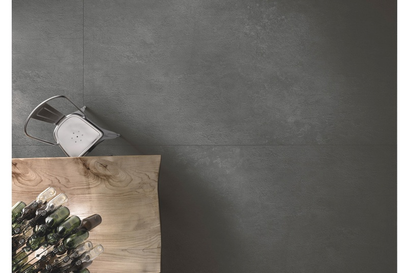 Reflects the cool, contemporary looks of concrete, basalt or steel.