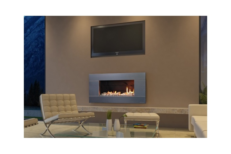 Escea ST900 gas fireplace (Stainless Steel Ferro fascia and Driftwood fuel bed).
