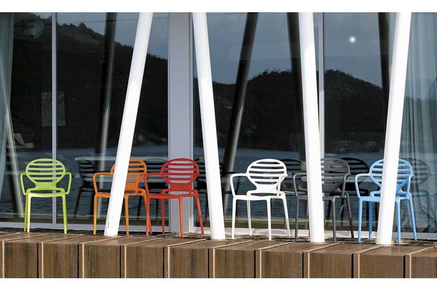 Cokka chair