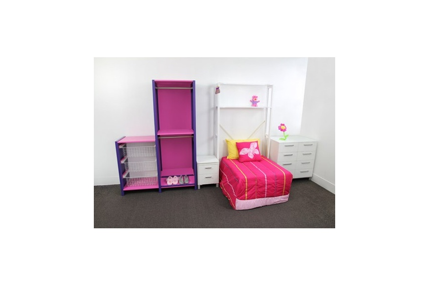 Kids room Cubox fitted with drawers and shelves