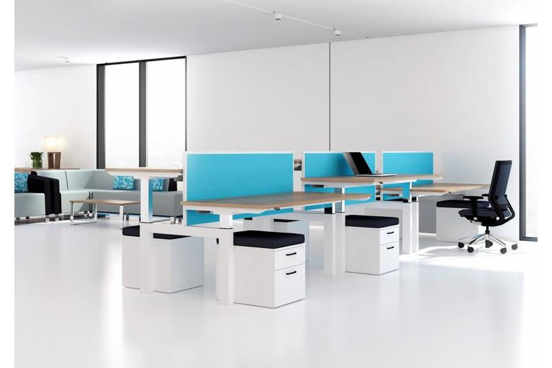 Aktiv sit-stand desk.