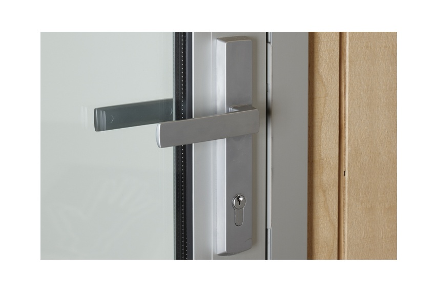 Hinged-door handle in satin chrome finish; also available in a range of powder coat colours