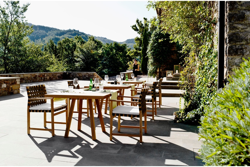 The Vis à Vis outdoor wooden furniture collection by Tribu.