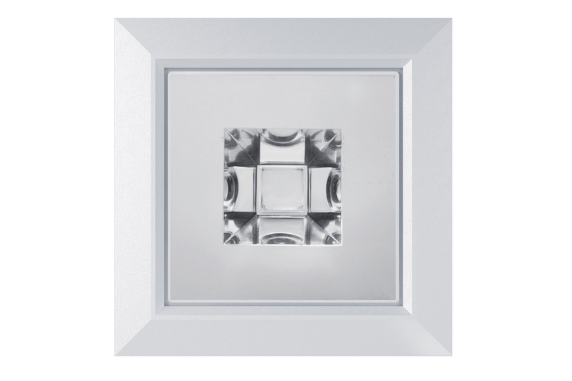 D900 Cube is a 900 lumen, warm white 3000K downlight.