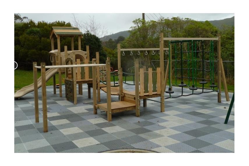 Wobbly wood playground