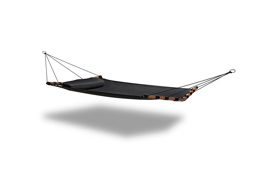 Single Isla hammock (black).
