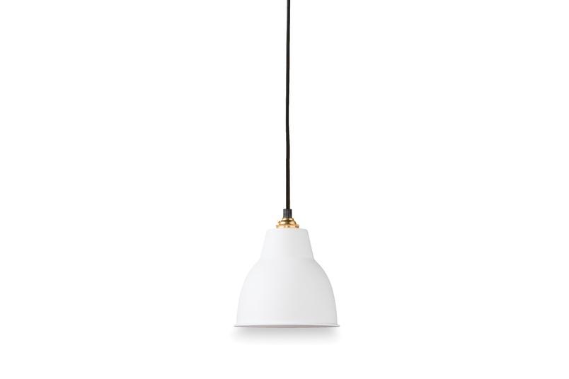 Courbe pendant in white.