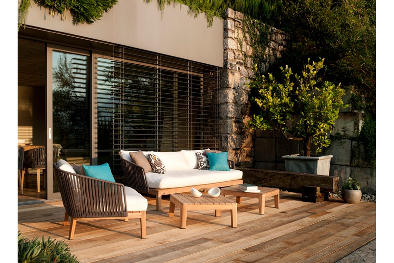 The Mood collection will create an intimate atmosphere on your patio.