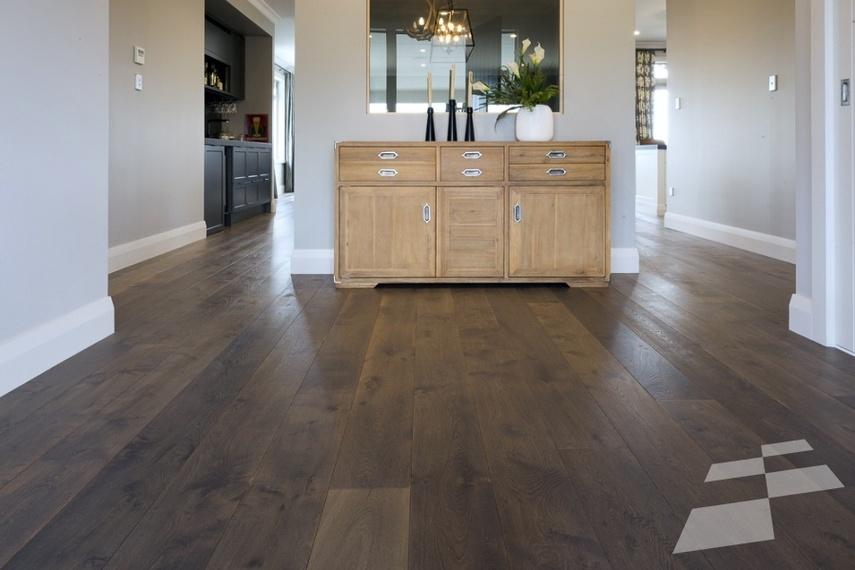 Prefinished engineered flooring