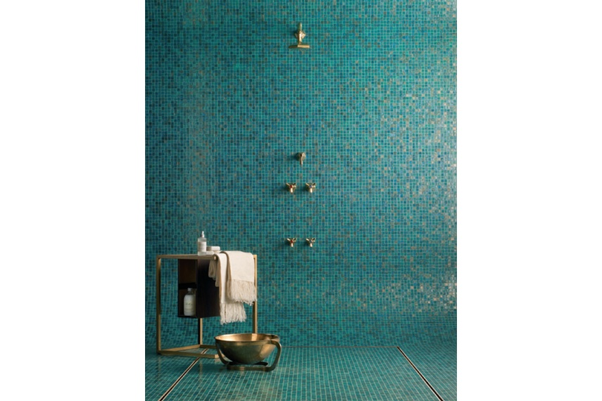 Stunning shower area tiled with Bisazza's Paola blend